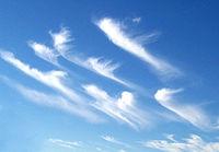 200px-Cirrus_clouds2